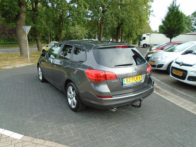 Opel Astra Sports Tourer 1.4 Turbo Edition