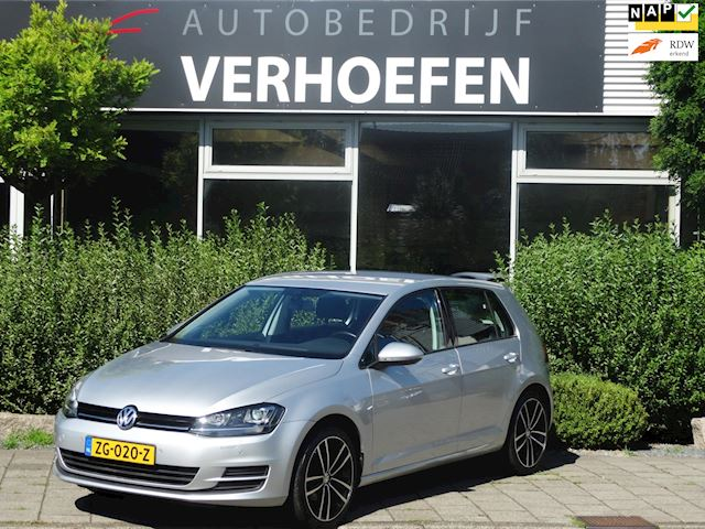 Volkswagen Golf 1.2 TSI Connected Series - CLIMITH CONTR - PDC - AUTOMAAT - Z.G.A.N. !!!
