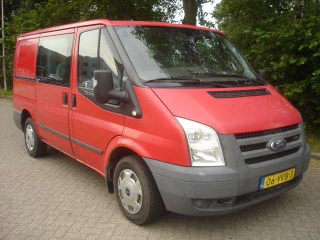 Ford Transit 2.2 TDCI  DC 6 Pers.  Motor defect.