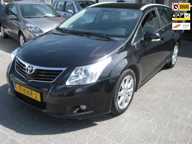 Toyota Avensis Wagon 2.2 D-4D Panoramic Business Special