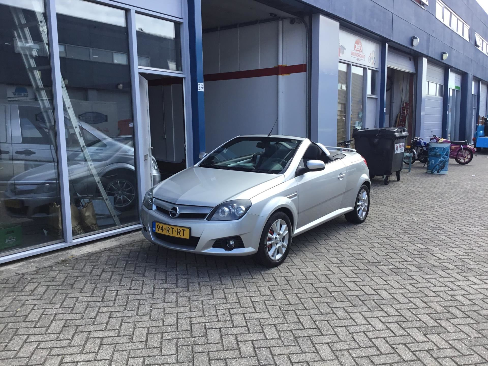 Opel Tigra TwinTop occasion - Auto Gout