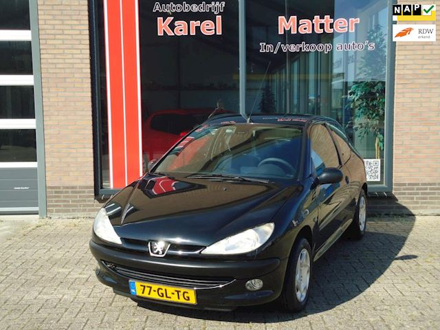 Peugeot 206 1.4 Gentry *AUTOMAAT* *CLIMATE CONTROL*