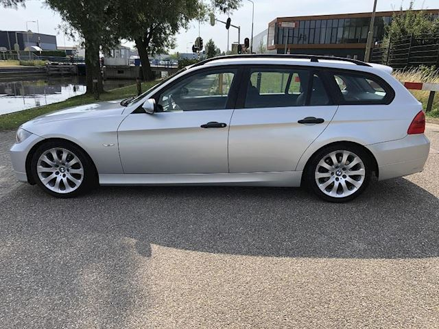 BMW 3-serie Touring 320d Executive /Lm/Clima/Cruise/Zeer nette auto!
