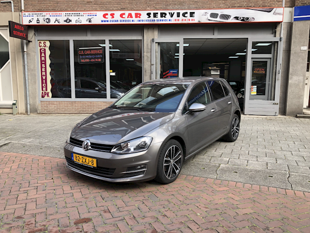 Volkswagen Golf 1.4 TSI Highline DSG/Navi / Pdc / Massage / NAP