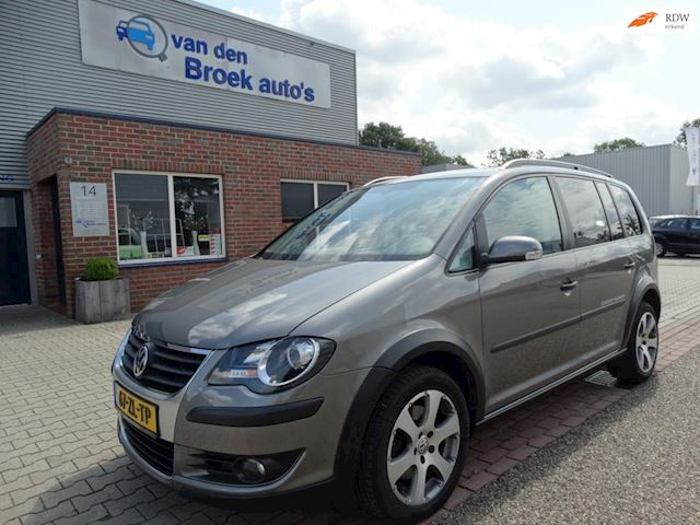 Volkswagen Touran 1.4 TSI Cross