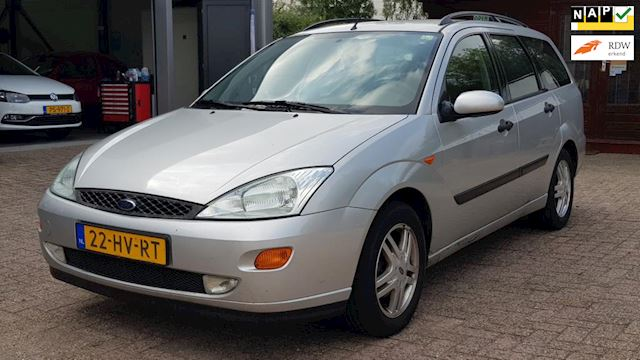 Ford Focus Wagon 1.6-16V Trend # INRUILDEAL / Airco / trekhaak / Goed rijdende auto / APK 12-2019