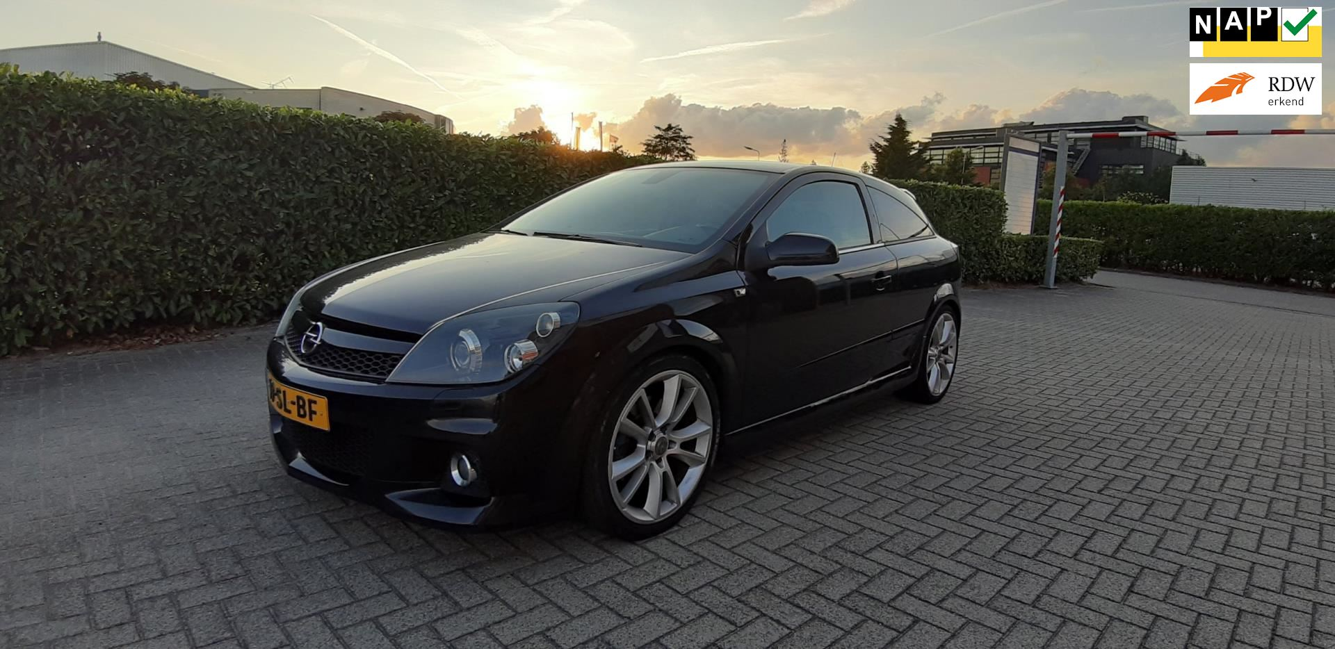 Opel Astra GTC occasion - YoungTimersHolland