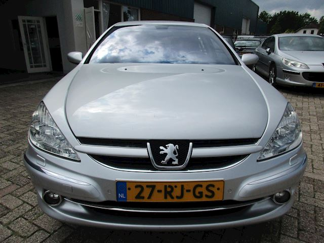 Peugeot 607 2.2-16V Executive LEER NAVI PERFECTE AUTO !