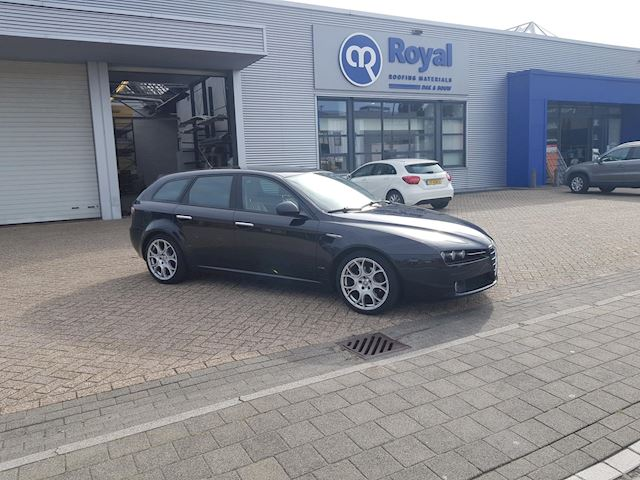 Alfa Romeo 159 Sportwagon 1.9 JTD Business 2007 LEDER CLIMA ELECTR PAKKET VOL OPTIES