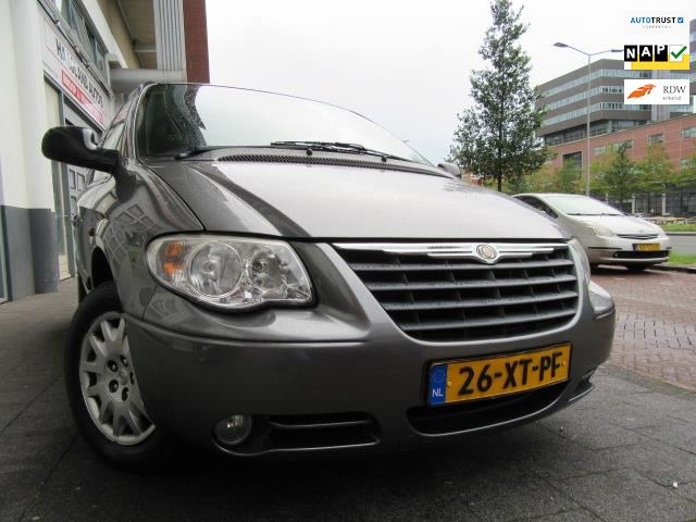 Chrysler Voyager occasion - Haagland Auto's