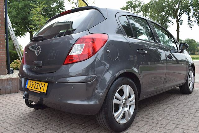 Opel Corsa 1.4-16V Cosmo 5 DRS/AIRCO/CRUISE/PDC/44276KM!/TREKHAAK/NETTE STAAT!