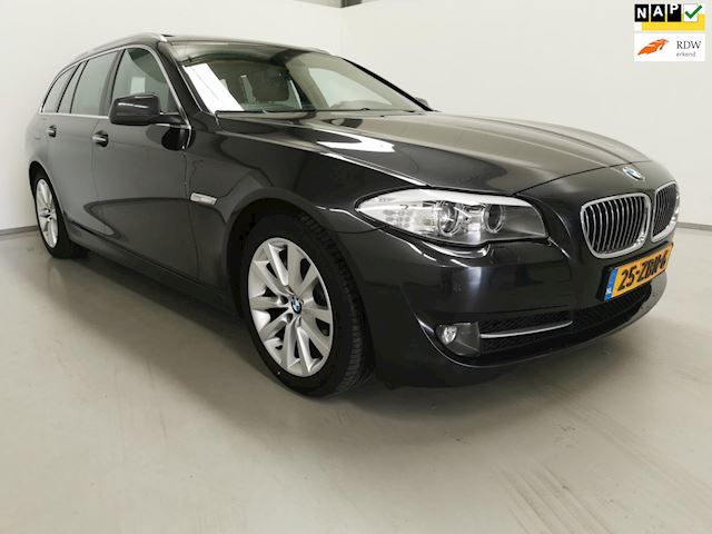 BMW 5-serie Touring 530xd High Executive / Navi / Panoramadak / Stoel verw.