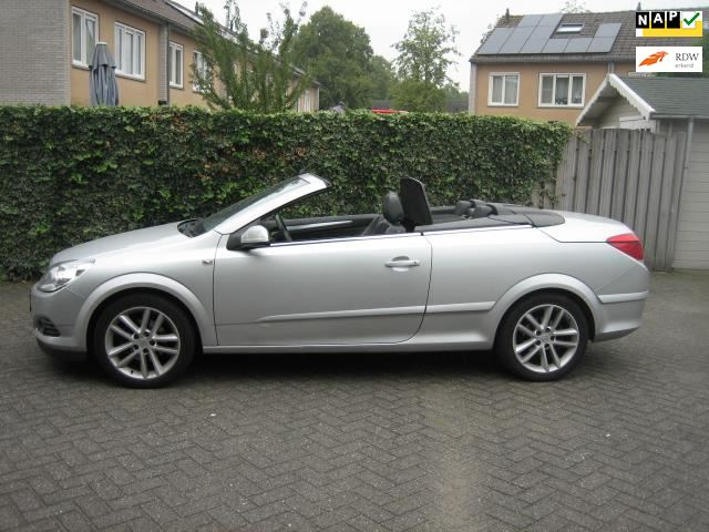 Opel Astra TwinTop occasion - Autobedrijf H. Kanters