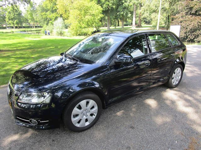 Audi A3 Sportback 1.4 TFSI Attraction Pro Line clima.cruise control.trekhaak