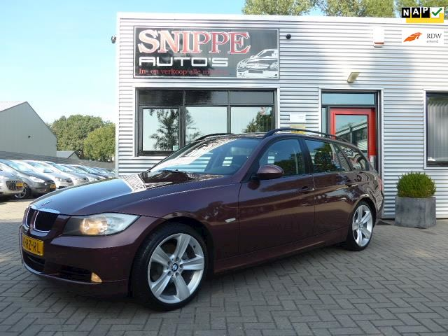 BMW 3-serie Touring 320i Dynamic Executive clima,6-bak,Dealeronderhouden!