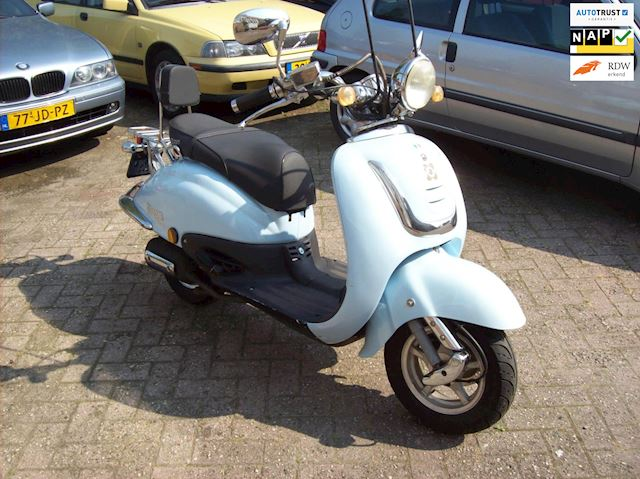 AGM Snorscooter occasion - Car Sales Waalwijk