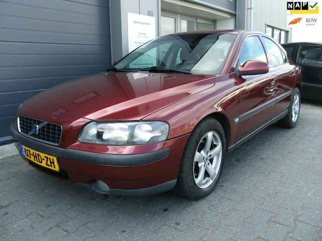 Volvo S60 2.4 Automaat/Clima/Cruise/LMV