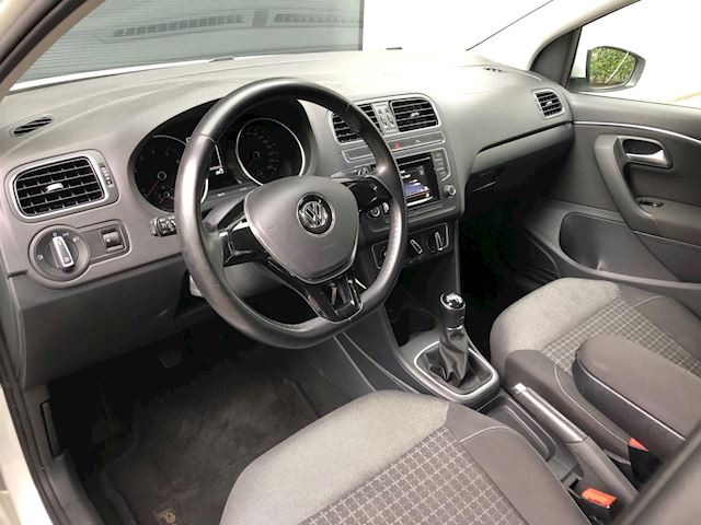 Volkswagen Polo 1.2 TSI BlueMotion Comfortline 17 Inch/Airco/AUX/Facelift/PDC/Cruise Control/Elekt Ramen/Apk 05-2020
