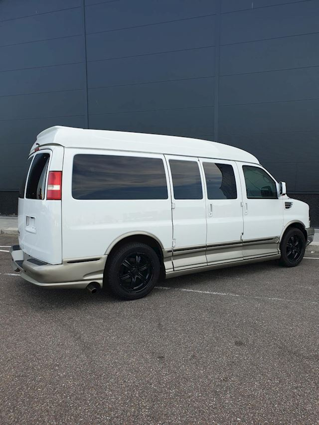 Chevrolet USA Chevy Van Explorrer Limited RR/SE  2009  Camper  of Grijs kenteken