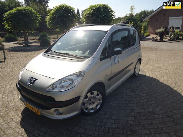 Peugeot 1007 1.4 Gentry AUTOMAAT CLIMATE CONTROL NAP