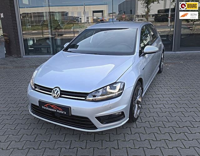 Volkswagen Golf 1.2 TSI Highline R-Line