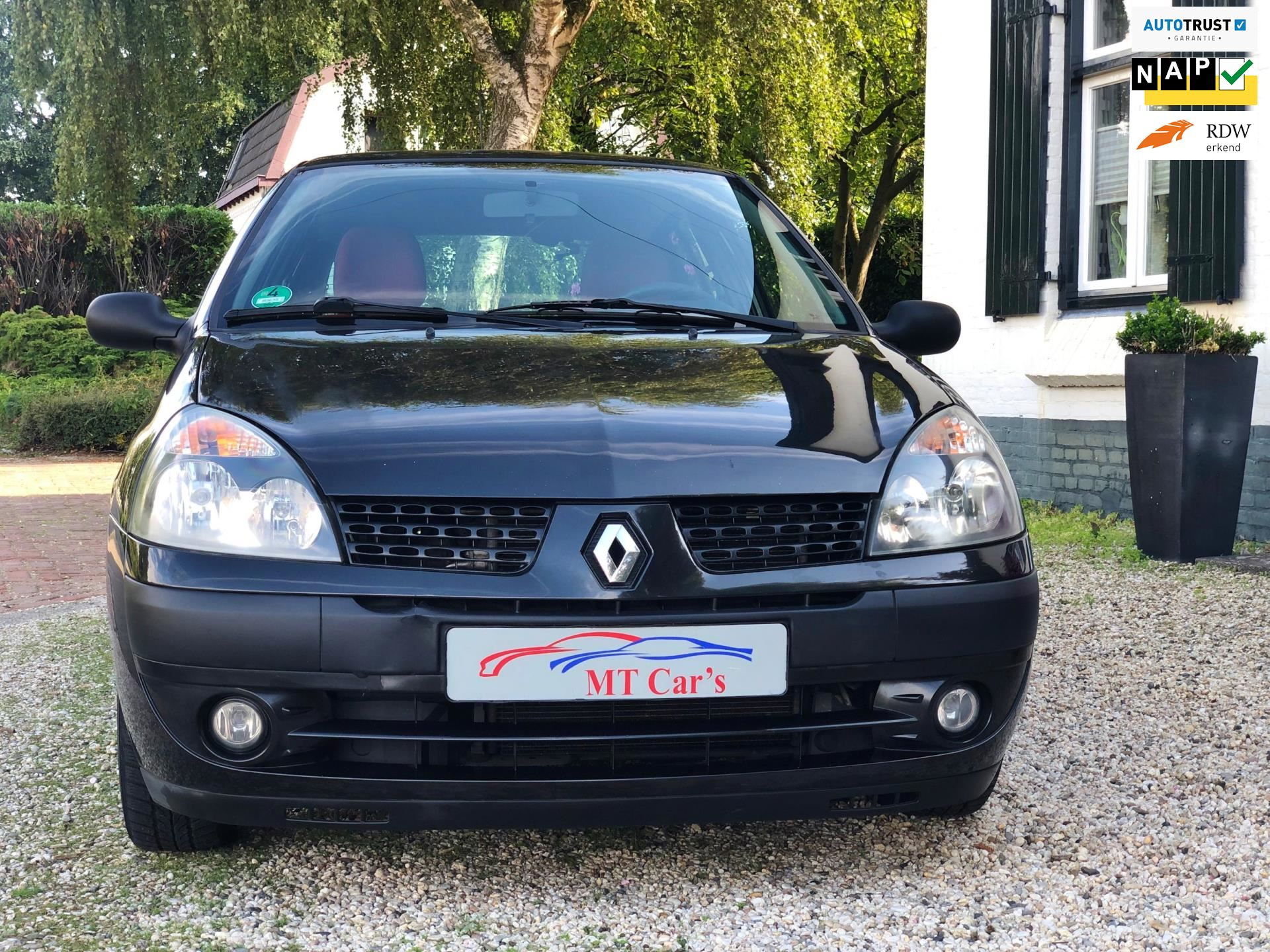 Renault Clio occasion - M.T.  Car's & Carcleaningcenter
