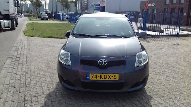 Toyota Auris 2.0 D-4D Luna Business