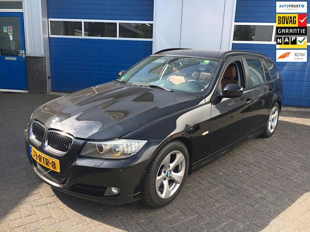 BMW 3-serie Touring 320d Efficient Dynamics Edition Luxury Line M pakket