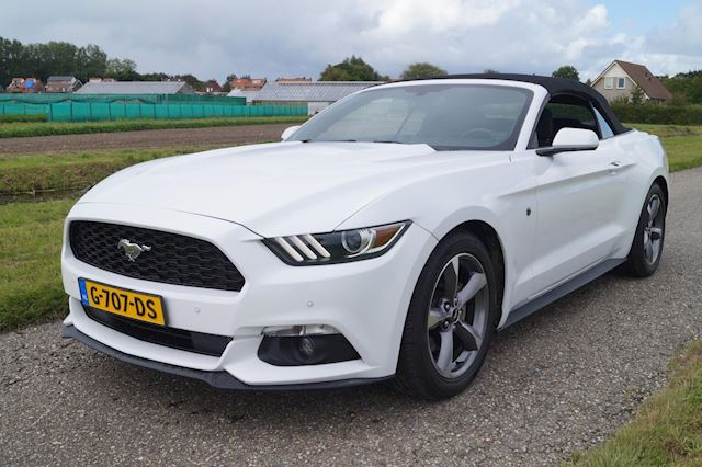 Ford Mustang Convertible 3.7 V6 Automaat