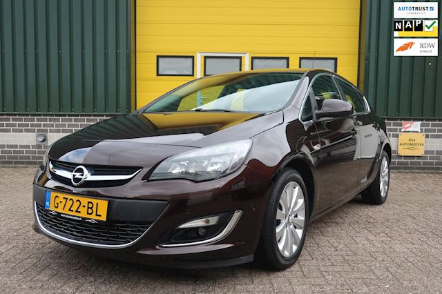 Opel Astra 1.4 Turbo Sport automaat.airco bj 2014