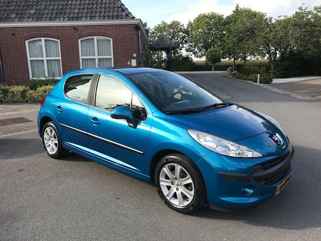 Peugeot 207 1.4 VTi Cool 'n Blue 5 DEURS 1E EIGENAAR ! ZEER NETTE AUTO