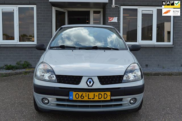 Renault Clio 1.2-16V Authentique Rijklaar