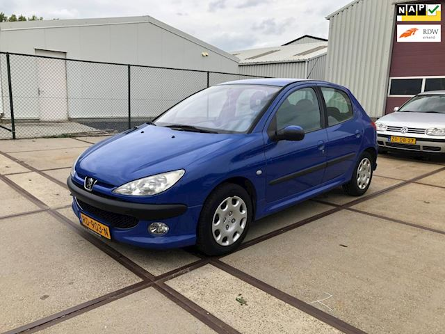 Peugeot 206 1.4 HDi One-line Airco
