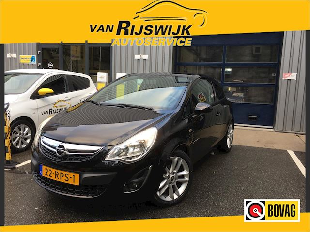 Opel Corsa 1.4-16V Color Edition 3 deurs