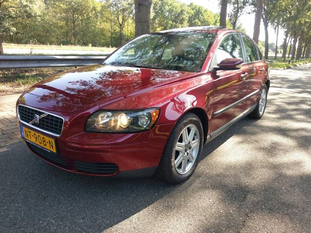 Volvo S40 2.4 LPG/G3, cruise, AUTOMAAT, Youngtimer