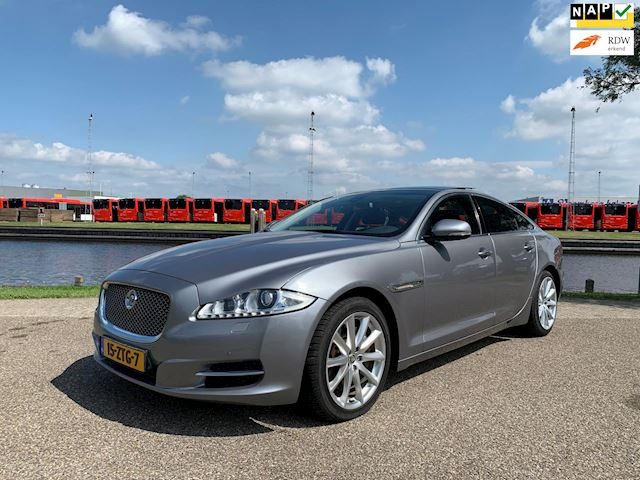 Jaguar XJ 3.0 V6 D Premium Luxury Aut, Panoramadak, Camera