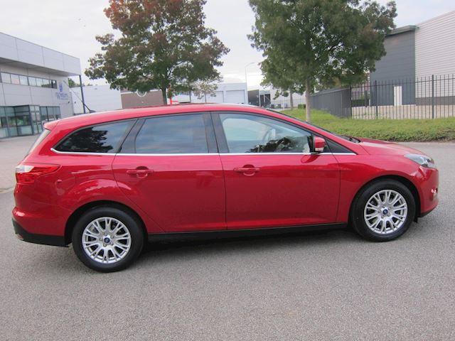 Ford Focus Wagon 1.6 EcoBoost Titanium PDC CRUISE VOLLEDIG DEALER ONDERHOUDEN!!