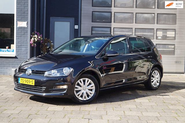 Volkswagen Golf 1.4 TSI Highline / Clima / Navi / Camera / PDC