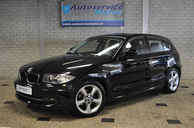 BMW 1-serie 116i High Executive 2x PDC, ECC, Stoelverw, Cruise