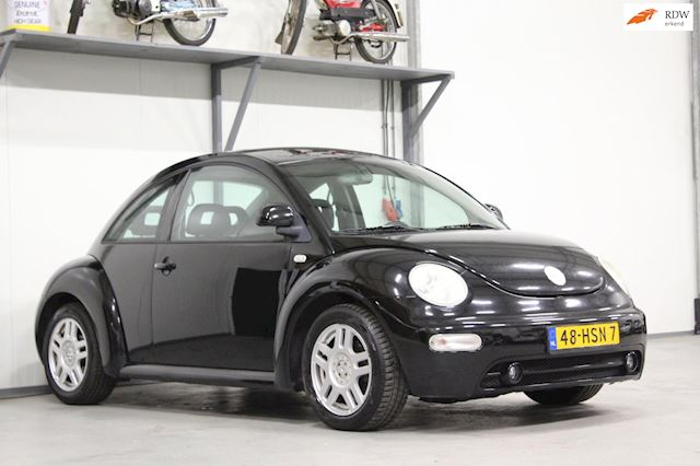 Volkswagen New Beetle 2.0 Highline | Sportief | Stoelverwarming |