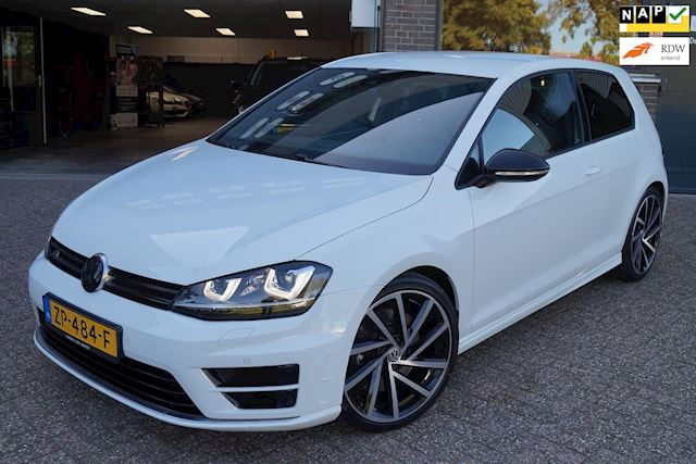 Volkswagen Golf 2.0 TSI R 4Motion Navi Stoelverwarming