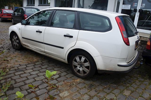 Ford Focus Wagon 1.6 TDCI Trend opknapper nw apk 7/10/2020