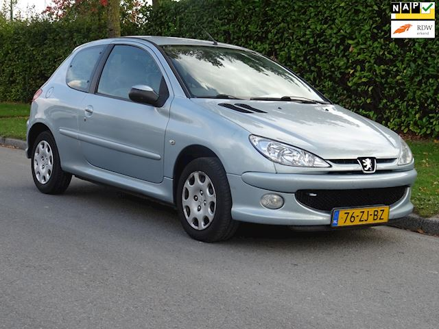 Peugeot 206 1.4 Forever airco