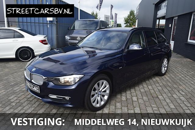 BMW 3-serie Touring 318d High Executive Pano, Navi, Netjes!