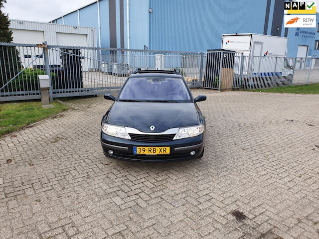 Renault Laguna Grand Tour 1.8-16V Tech Line panorama dak