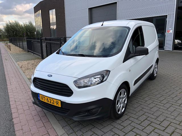 Ford Transit Courier occasion - Bart van Lavieren Auto's