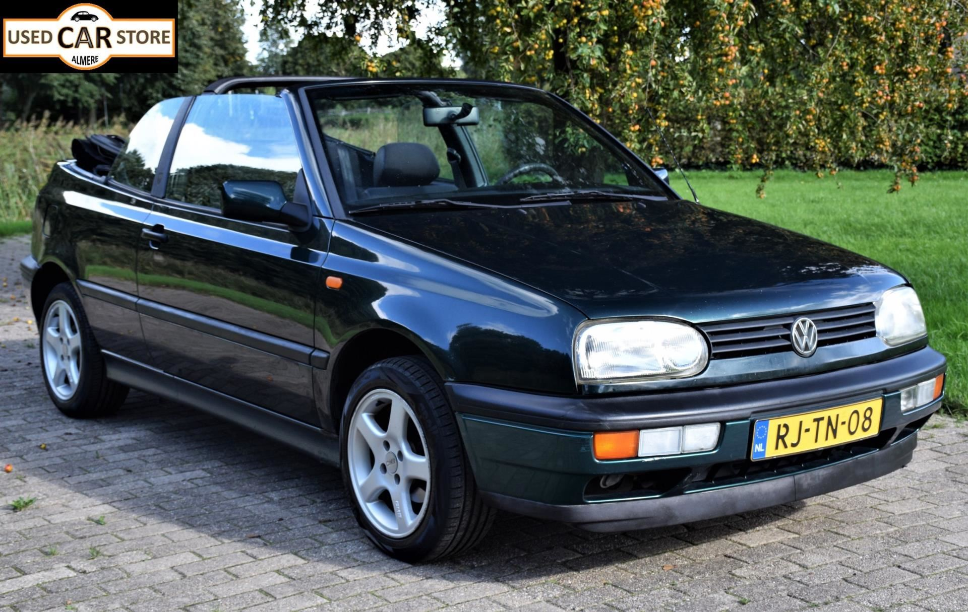 Volkswagen Golf Cabriolet occasion - Used Car Store Almere