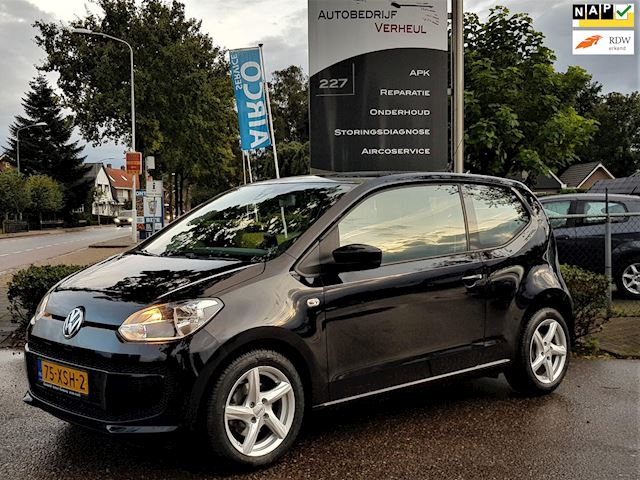 Volkswagen Up! 1.0 move up! BlueMotion Navi Airco Nap Boekjes
