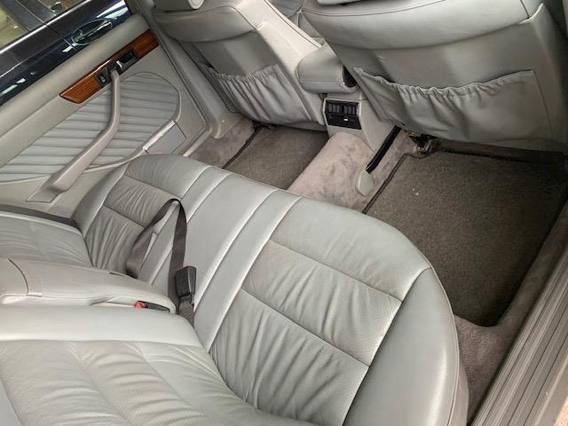 Mercedes-Benz S-klasse 300 SEL Mercedes-Benz S-klasse 300 SEL automaat