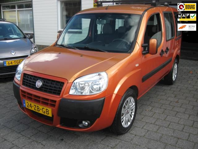 Fiat Doblò 1.4 Family (7-pers./Imperial)